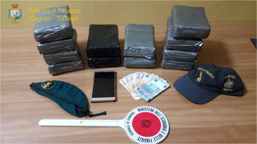 Porto Torres. Arrestato un soggetto e sequestrati oltre 15 Kg di cocaina